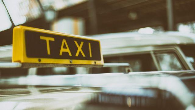 Таксист избил и изнасиловал девушку в Шымкенте