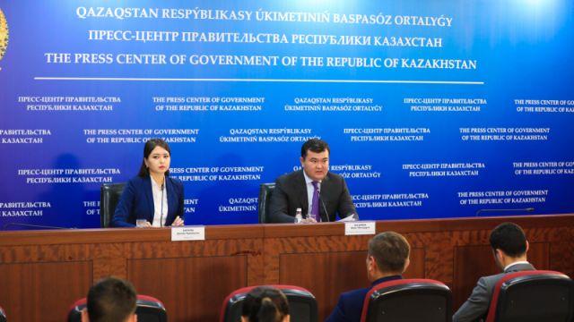 Вице-премьер назвал причины, почему казахстанцам платят меньше, чем иностранцам