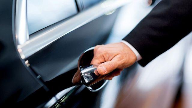 С пенсионера требуют 700 тысяч тенге налога за машину, которой нет