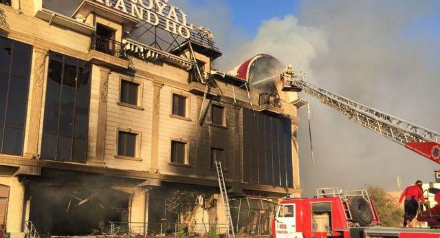 Взрыв в Туркестане: четверо пожарных пострадали при тушении пламени