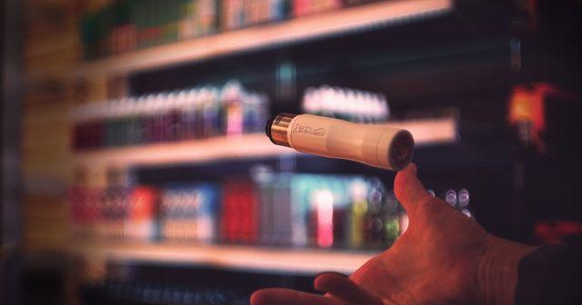 В США запретят продажу смесей для вейпа