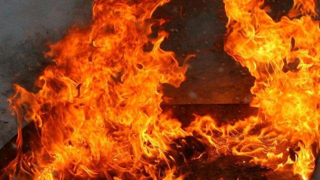 Стало известно, чье тело нашли на месте пожара в Алматы