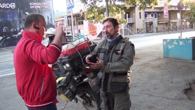 Общественник Руслан Жанпеисов обратился к жителям юга с просьбой помочь американцу