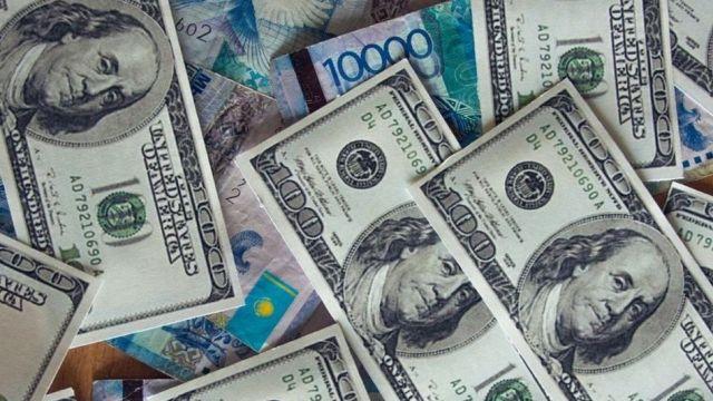 Курсы валют: доллар снова растет