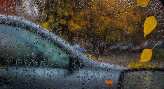 Дождь со шквалом ветра ожидается на большей части Казахстана в понедельник 23 сентября