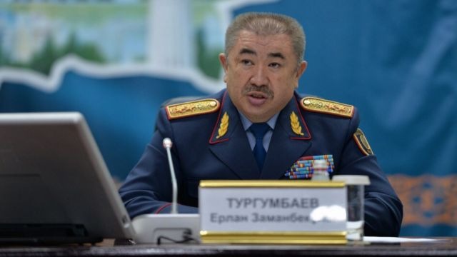 Ерлан Тургумбаев прокомментировал отсутствие вертолетов для тушения пожара в заповеднике