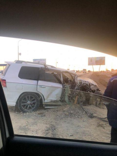 Три автомобиля столкнулись на выезде из Жанаозена