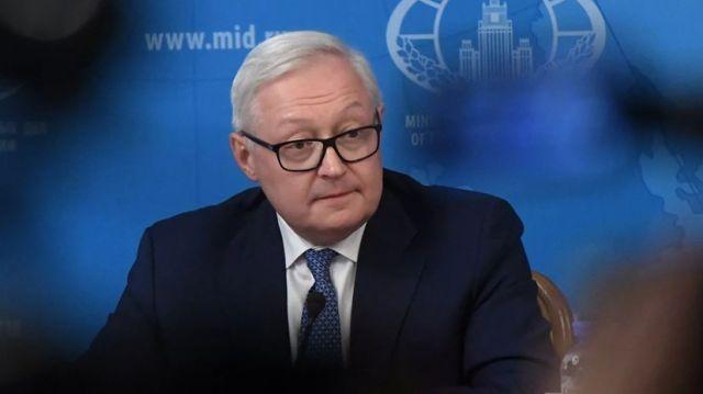 Москва обдумает форматы ответа на невыдачу виз США
