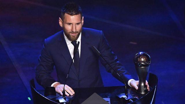 ФИФА обвинили в махинациях в пользу Месси, голоса Египта не учли. Что происходит?