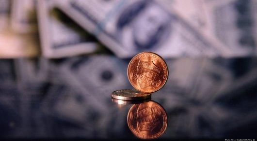 Доллар достиг 390 тенге в обменниках