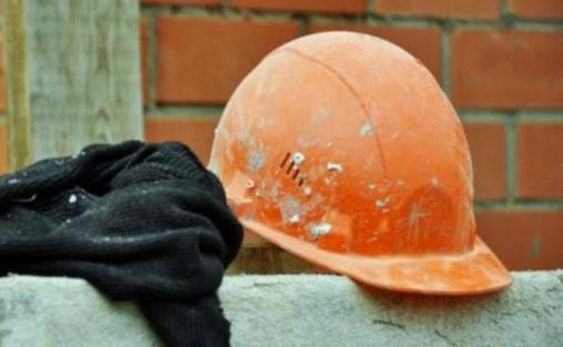 Строитель упал со строящегося объекта в Костанайской области