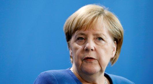 Токаев поздравил Меркель с Днем объединения Германии