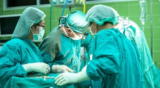Казахстанка умерла после пластической операции в Ташкенте