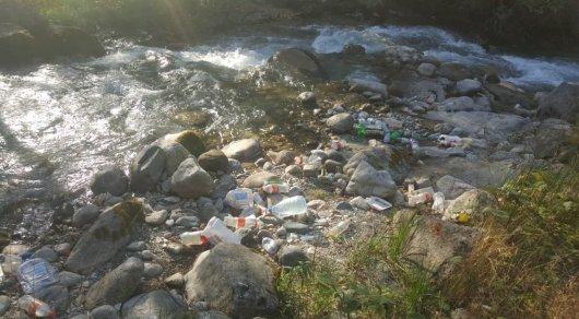 Сточные воды сливали в Большую Алматинку