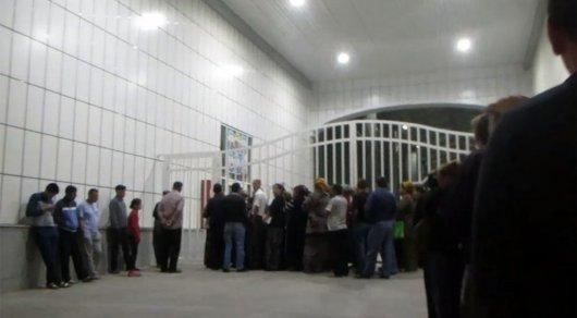 В столице Туркменистана очередь за продуктами занимают в четыре утра - СМИ