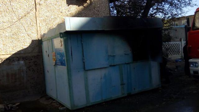 В Жезказгане при пожаре в киоске сгорел мужчина