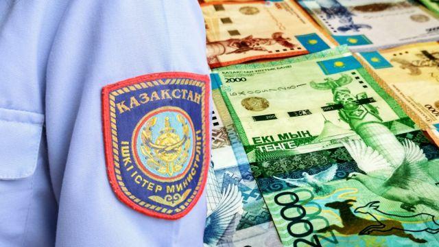 В Алматинской области задержаны полицейские за получение взяток