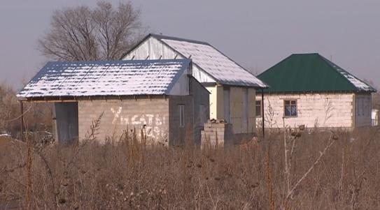 Земельный скандал: акимат Алматинской области требует от сельчан вернуть некогда выданные участки