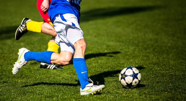 Где смотреть чемпионат России по футболу в Казахстане