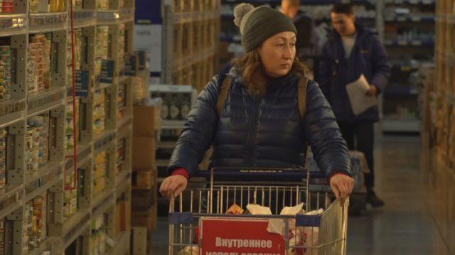 Супермаркеты начали отказываться от полиэтиленовых пакетов