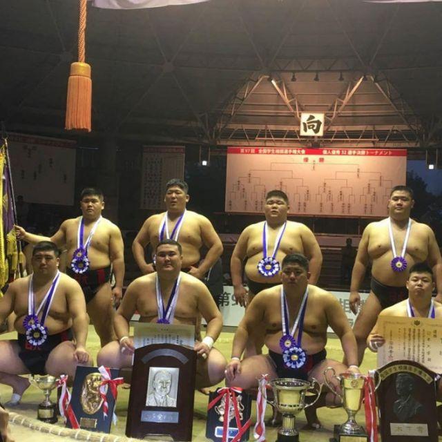Казахстанский сумоист стал чемпионом в Японии