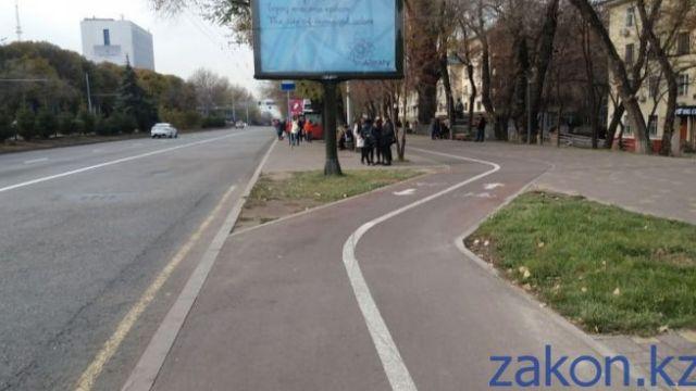 Как реклама наркотиков попала на баннеры, рассказали в акимате Алматы