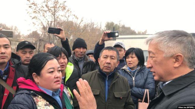 На юге Казахстана водители автобусов отказываются работать из-за долгов по зарплате