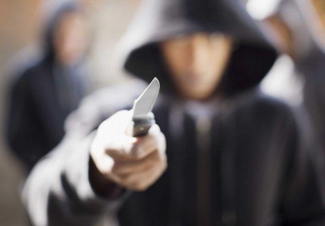 У двоих актюбинских школьников полицейские изъяли ножи