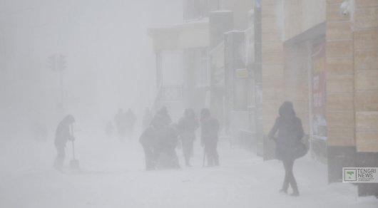 В Нур-Султане и 5 областях объявили штормовое предупреждение