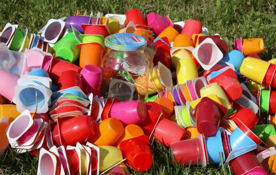 Сколько можно заработать на сдаче мусора в Казахстане