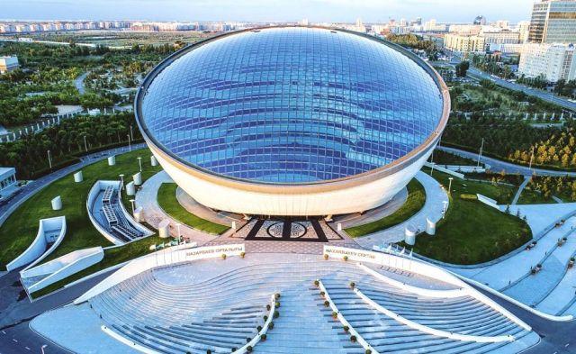 В Нур-Султане откроют второе здание Назарбаев Центра
