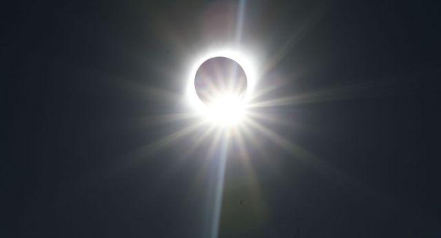 Астроном из Казахстана рассказал, погаснет ли Солнце на неделю в декабре