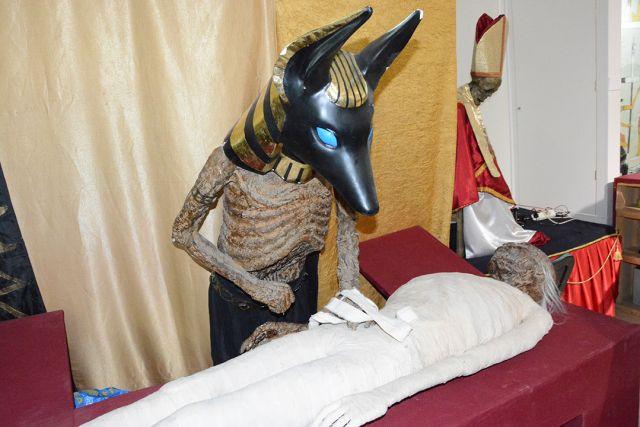 В Актобе привезли египетские мумии и Бабу Маню, прожившую в теле младенца 56 лет