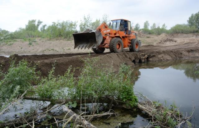 За нарушения на реках в Актобе виновных оштрафовали на 17 миллионов тенге