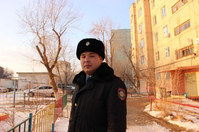 Бдительность полицейского помогла задержать похитителей несовершеннолетней актюбинки