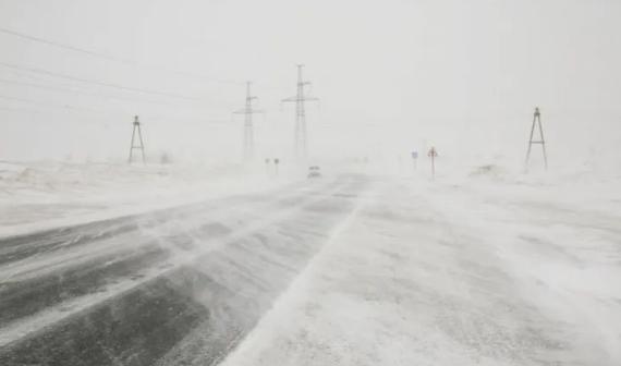 Власти Нур-Султана закрыли все трассы из-за непогоды