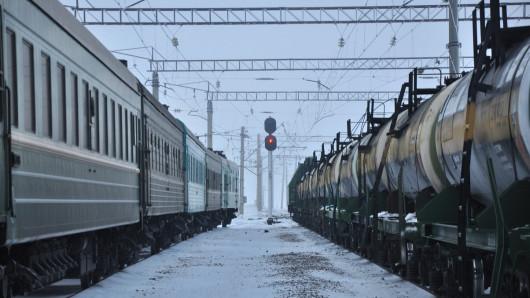 Двух граждан Китая с подозрением на коронавирус сняли с поезда в Шу