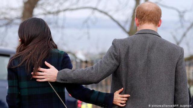"""Принц Гарри и Меган Маркл отказались быть """"королевскими высочествами"""""""