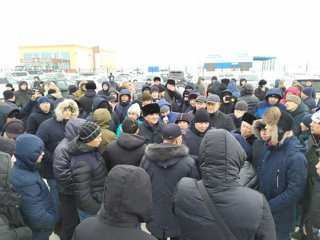 Актюбинские водители готовят петицию в правительство