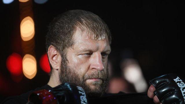 Суд арестовал бойца Александра Емельяненко