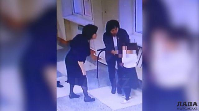 Вода в лицо и укушенный учитель: Мама обвиняет преподавателей школы в Актау в унижении своего ребенка