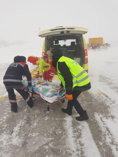 Актюбинского героя, спасавшего соседа из огня, госпитализировали в ожоговый центр в Нур-Султане