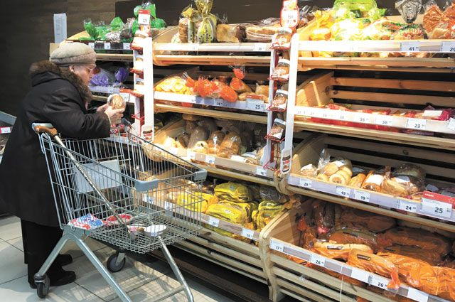 Эксперты рассказали, почему не стоит есть просроченные продукты