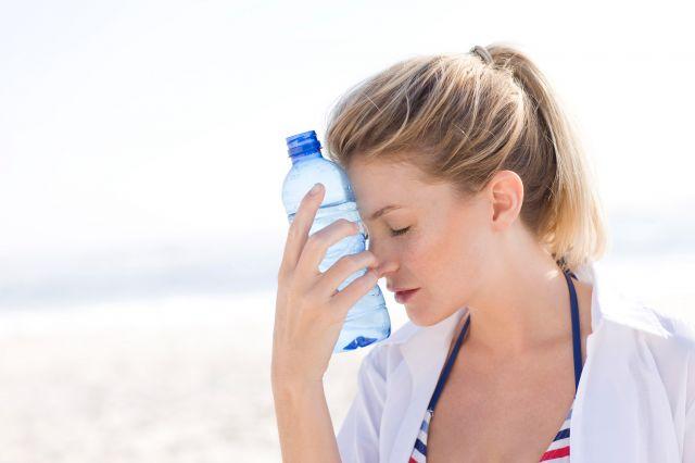 Как определить недостаток воды в организме
