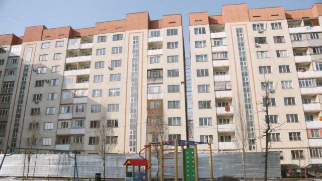 Сколько денег получили жильцы накренившегося дома в Алгабасе