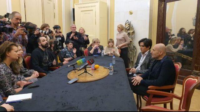Димаш и Крутой снова вместе: о чем говорили на пресс-конференции в Москве