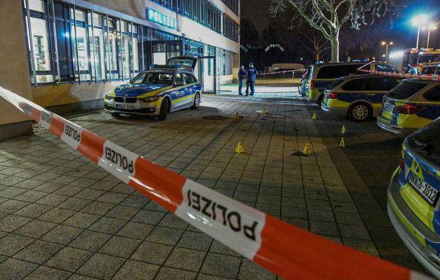 При стрельбе в Германии погибли восемь человек