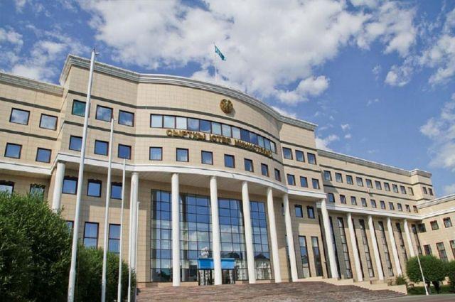МИД разъяснил порядок въезда и выезда из Казахстана