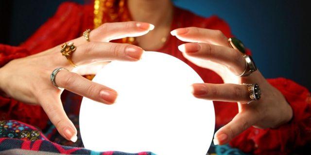 20 марта - Всемирный день астрологии. Почему мы любим читать гороскопы