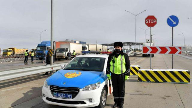 Казахстанцев, прибывших из России, пока не помещают на карантин